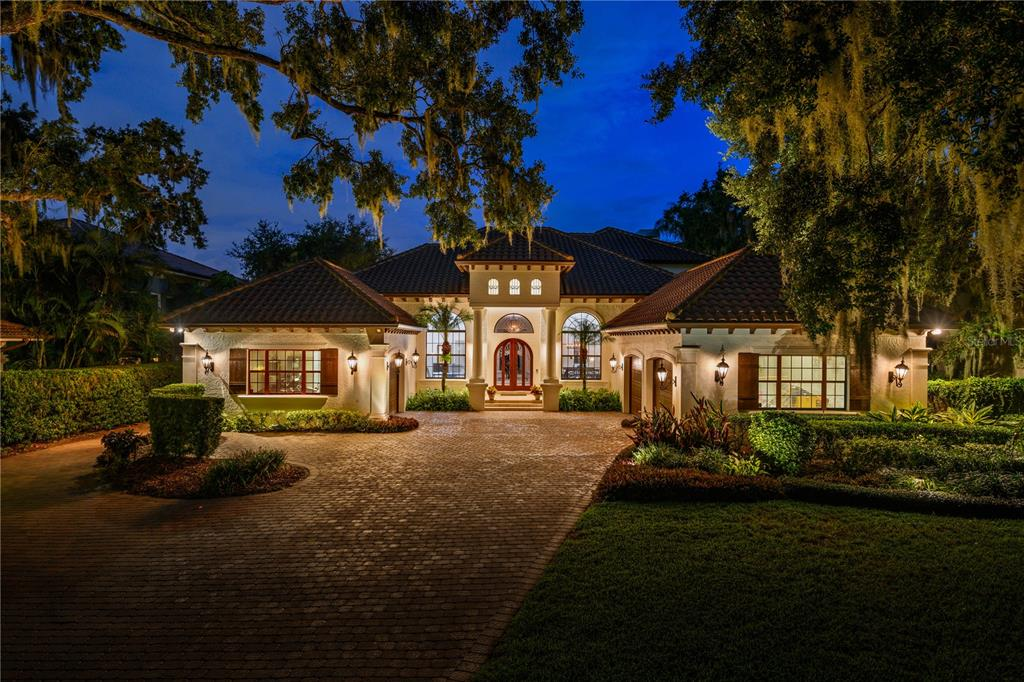 802 W 2nd Avenue Property Photo 1