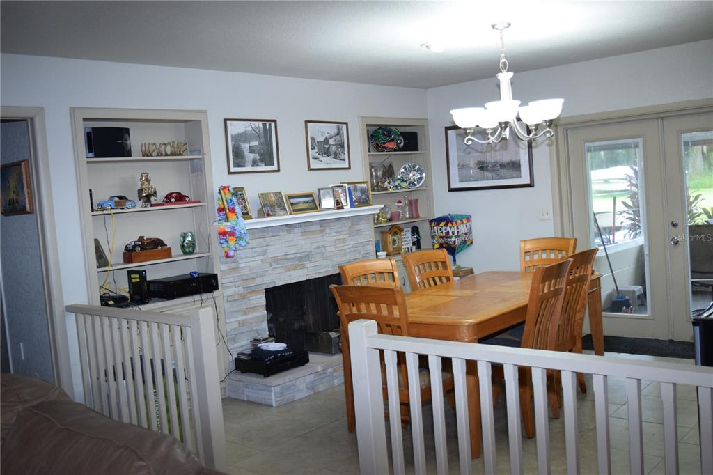 2315 Black Hammock Road Property Photo 7