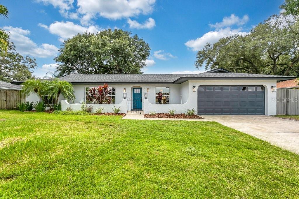 4120 Cove Drive Property Photo 1