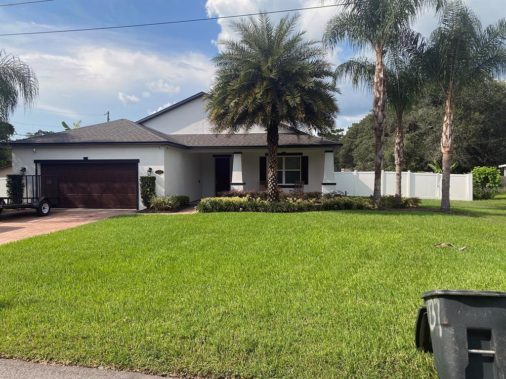 298 W 2nd St Property Photo 1