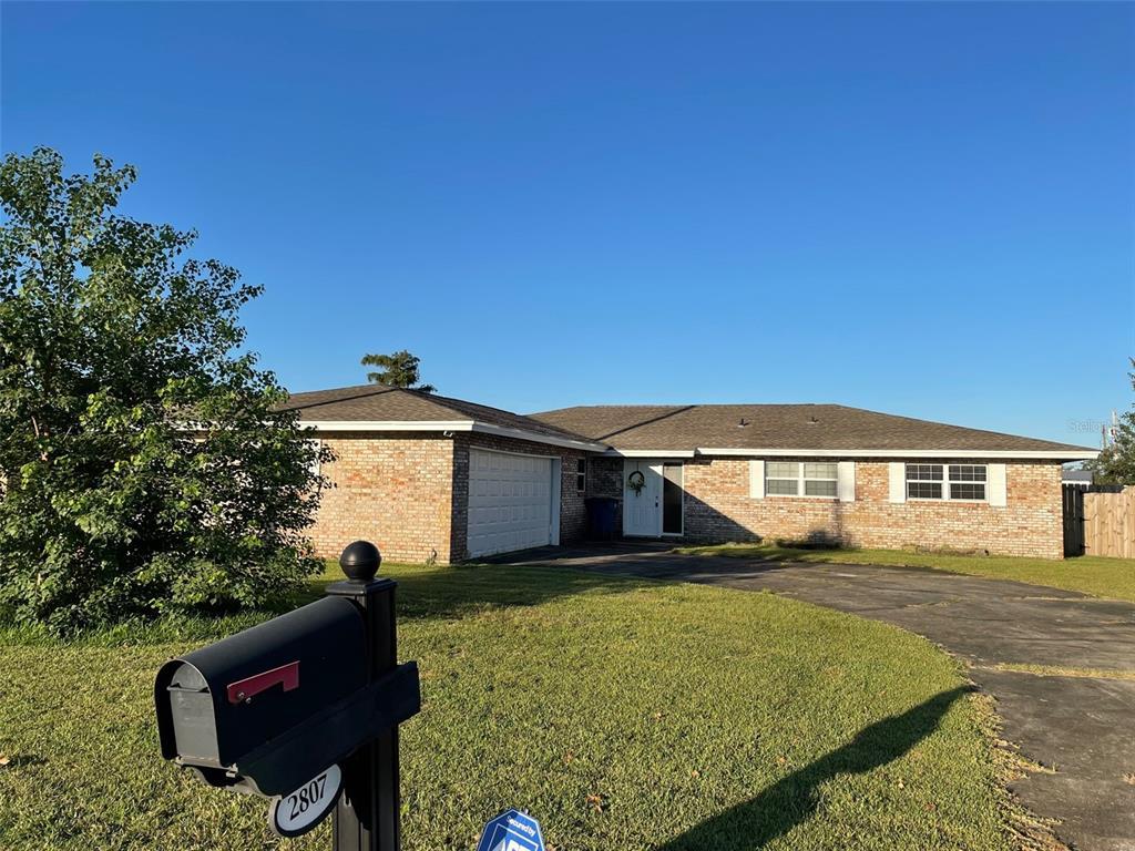2807 Gordon Street Property Photo