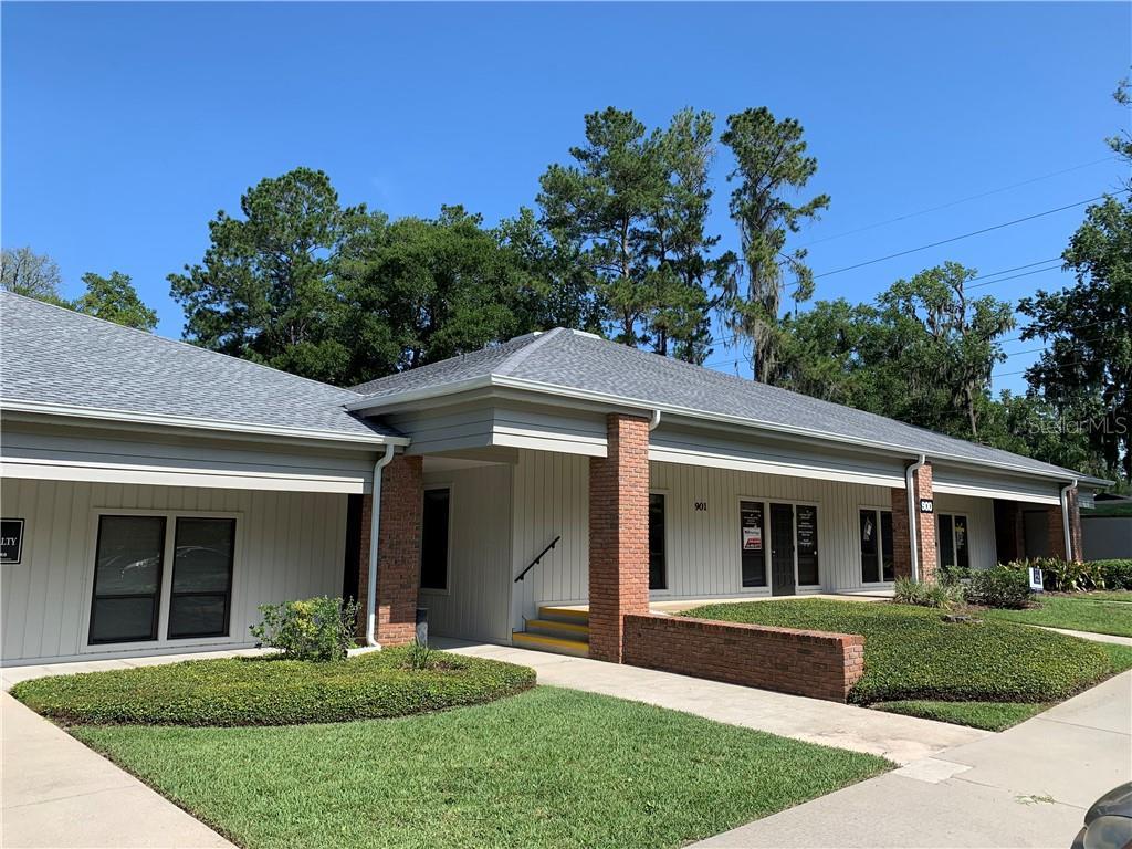 2100 Se 17th Street Property Photo 9