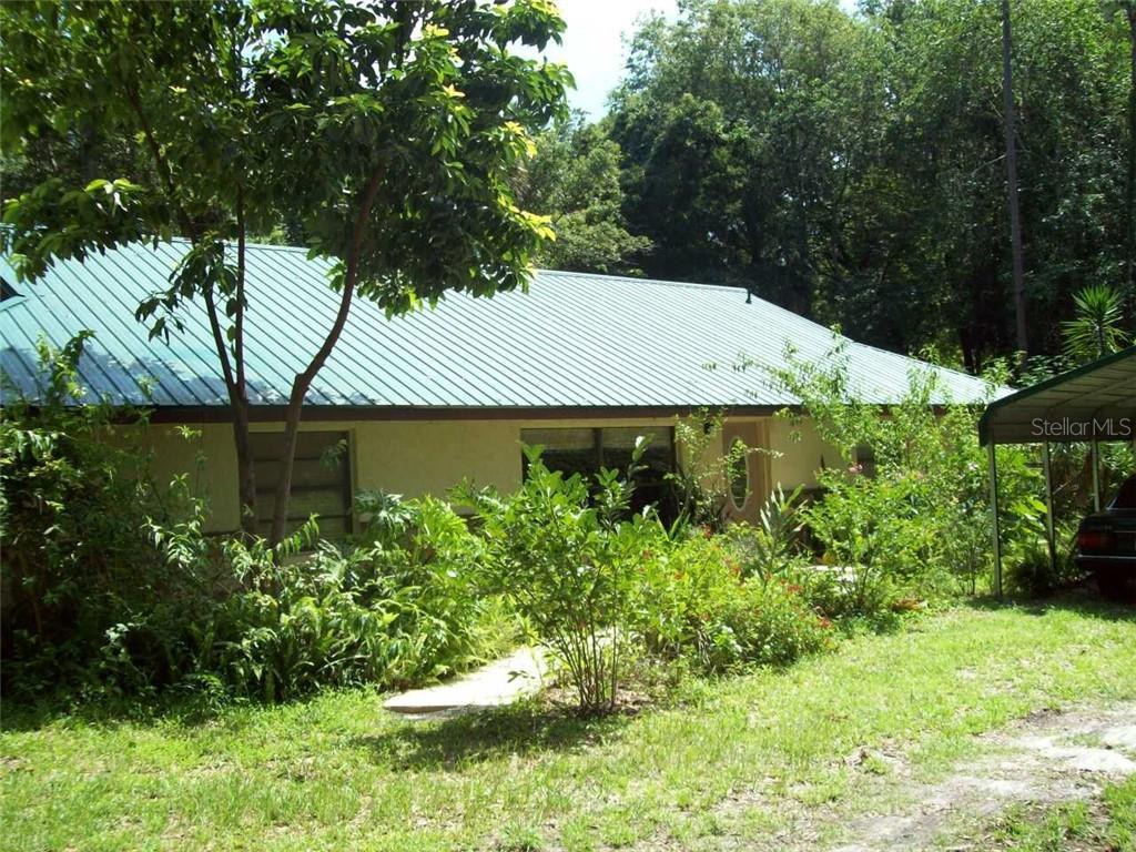 7679 S Magnolia Avenue Property Photo