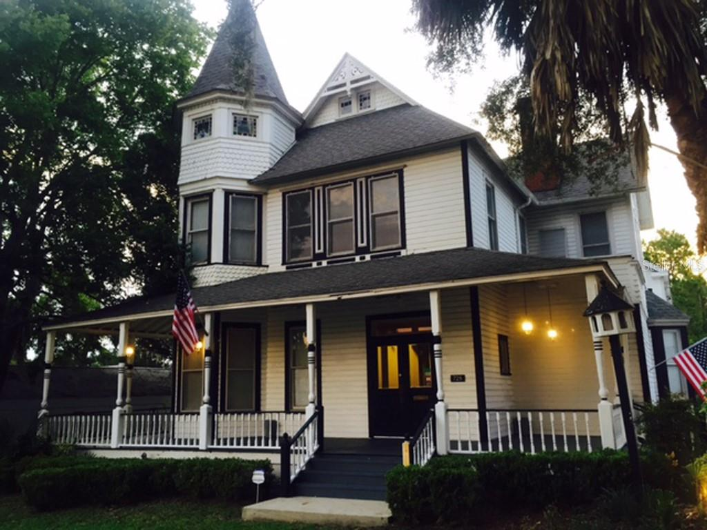 725 E Silver Springs Boulevard Property Photo