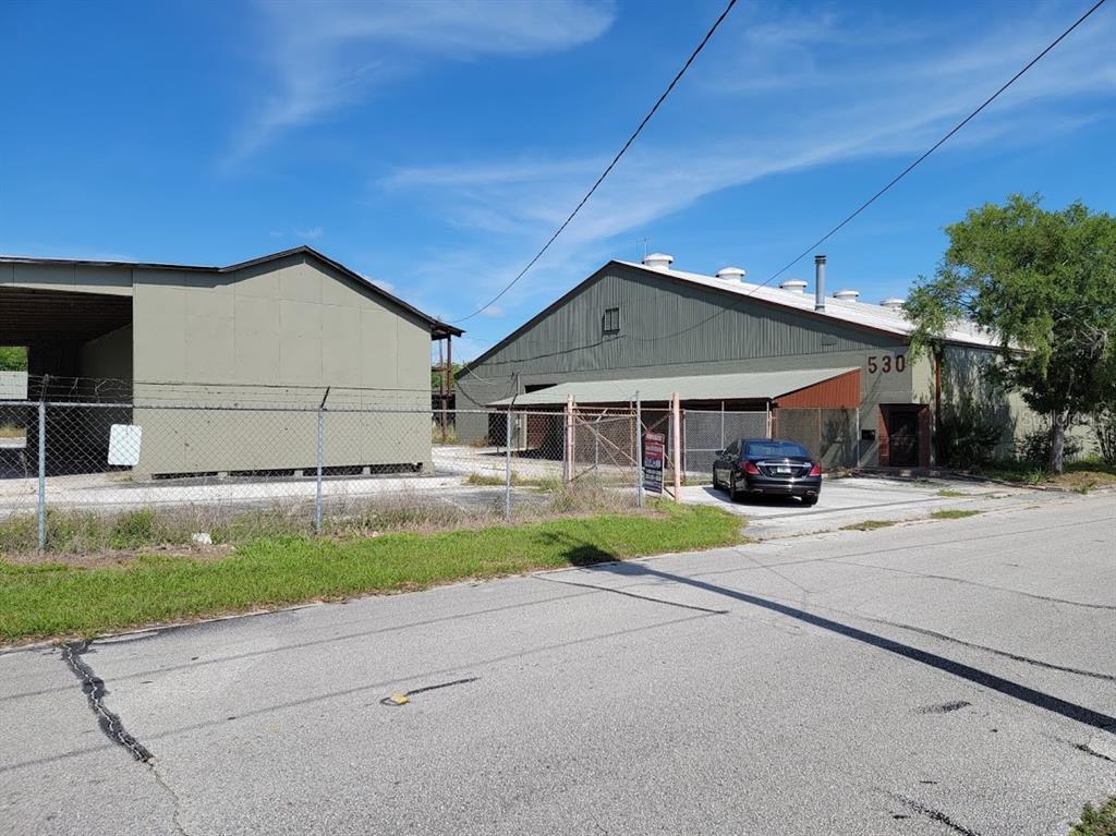 530 Nw 1st Avenue Property Photo 1