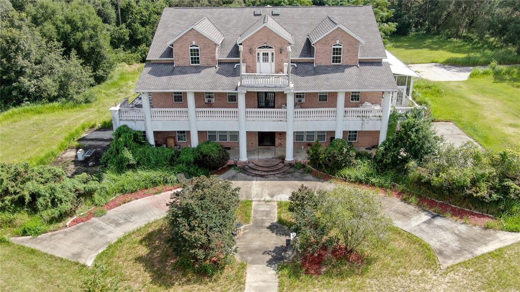 301 Emerald Road Property Photo 1