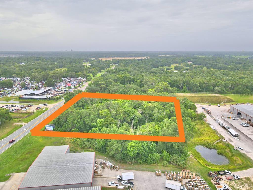 3686 N Us Highway 301 Property Photo
