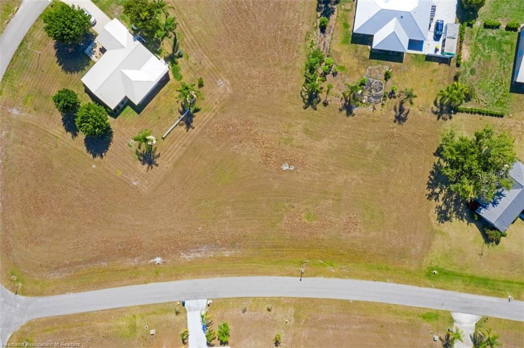508 Ivy Drive Property Photo