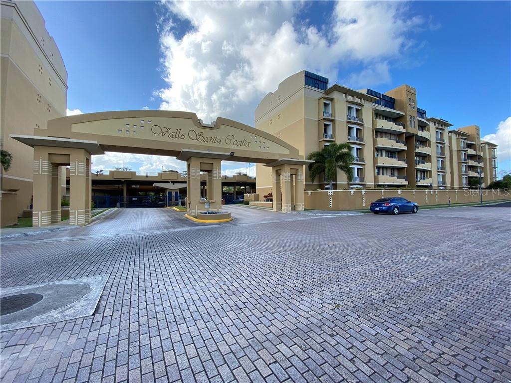 100 Valle Santa Cecilia Property Photo