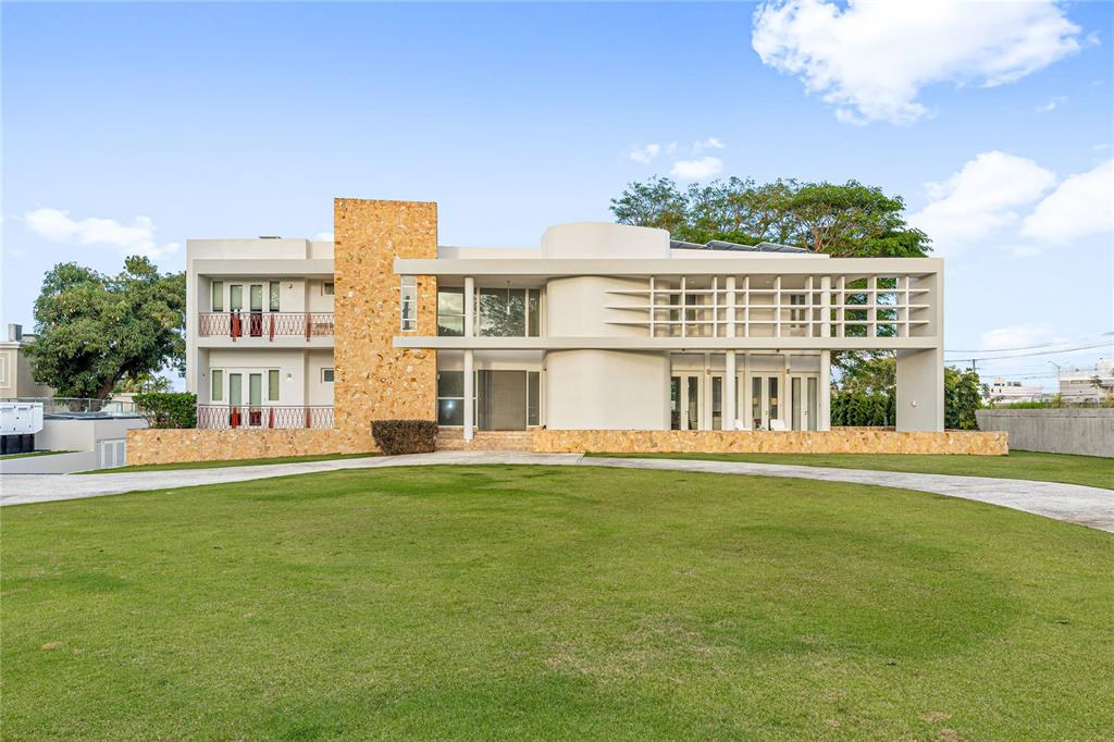 27 Manuel Rivera Ferrer Property Photo