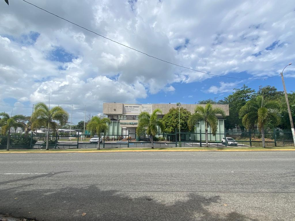 696 Dorado Industrial Park Property Photo