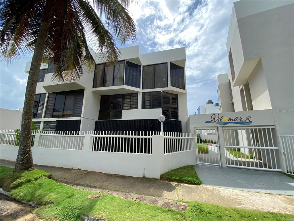 Luquillo County Real Estate Listings Main Image