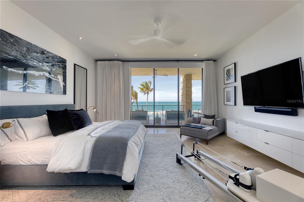 3831 West Beach Property Photo 12