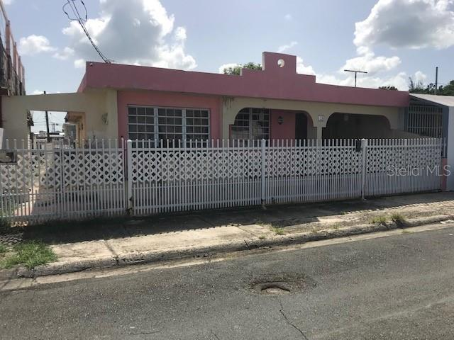 5 St 5 St Property Photo