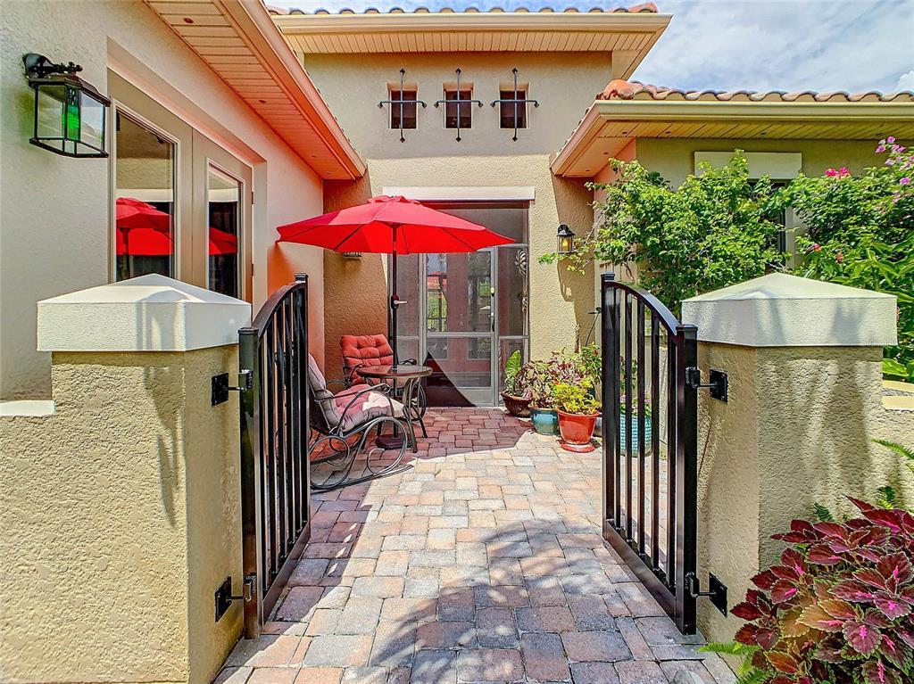 135 Lemon Grove Drive Property Photo 1