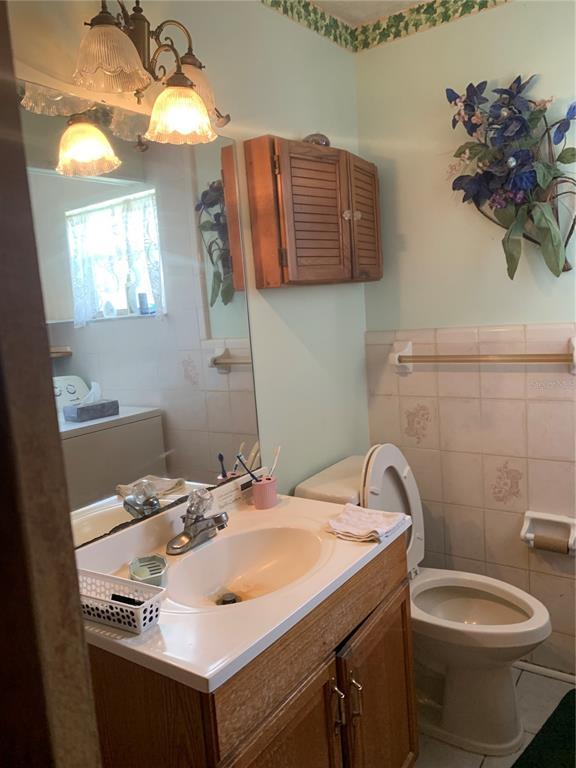 1622 Tarpon Boulevard Property Photo 9