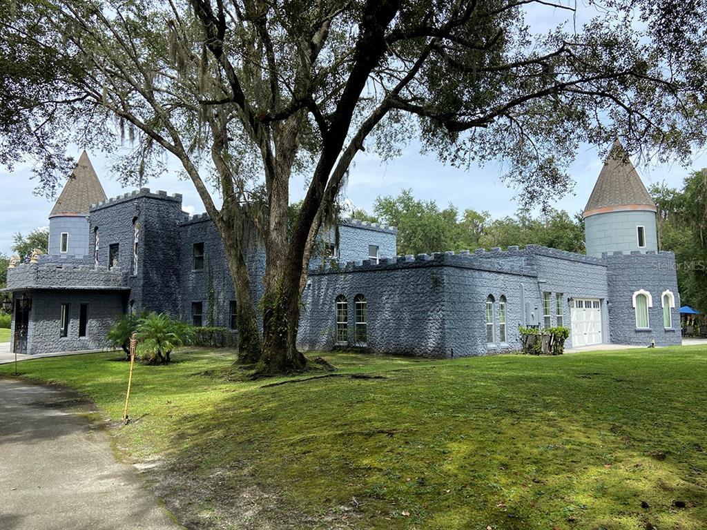 3130 Castle Cove Court Property Photo 1