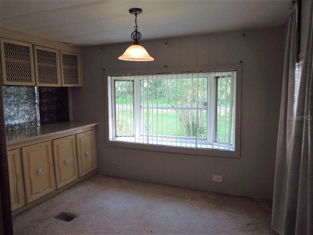 307 E Martin Street Property Photo 5
