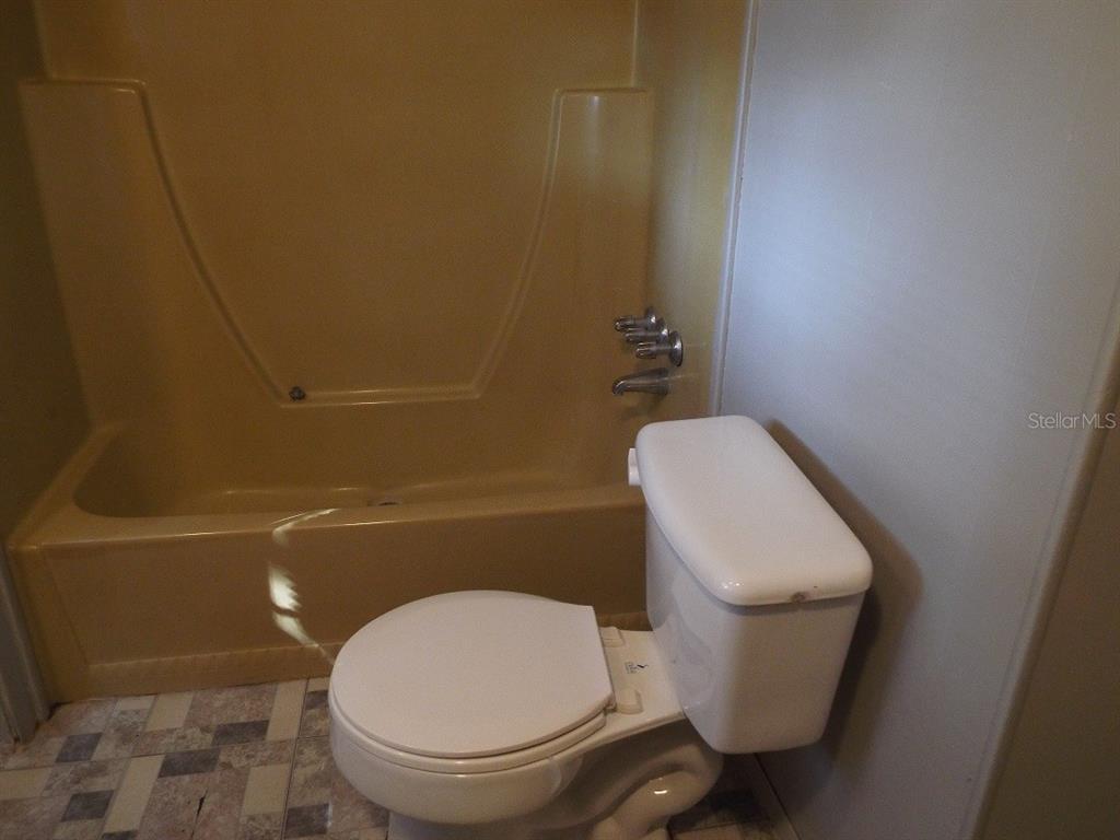 307 E Martin Street Property Photo 14