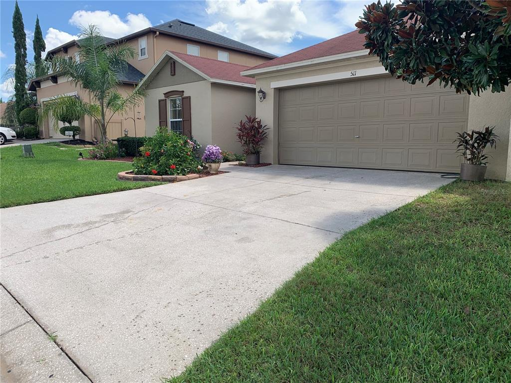 511 Elderberry Drive Property Photo 4