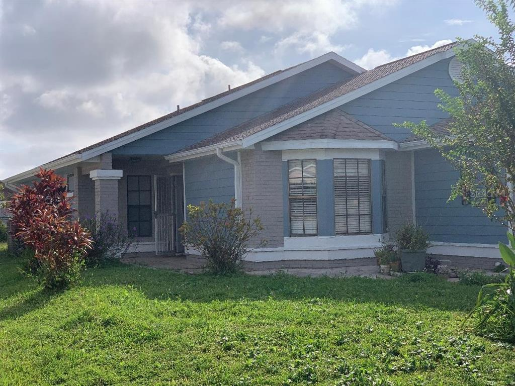 207 Olivewood Court Property Photo 3