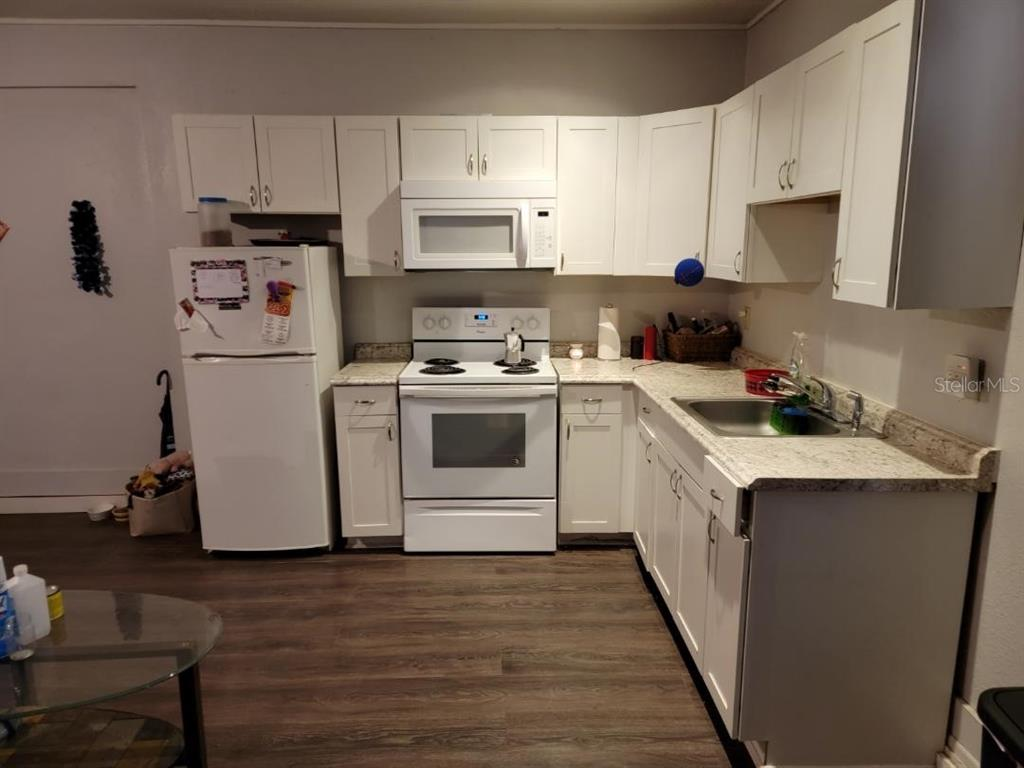 124 W Grace Avenue Property Photo 28