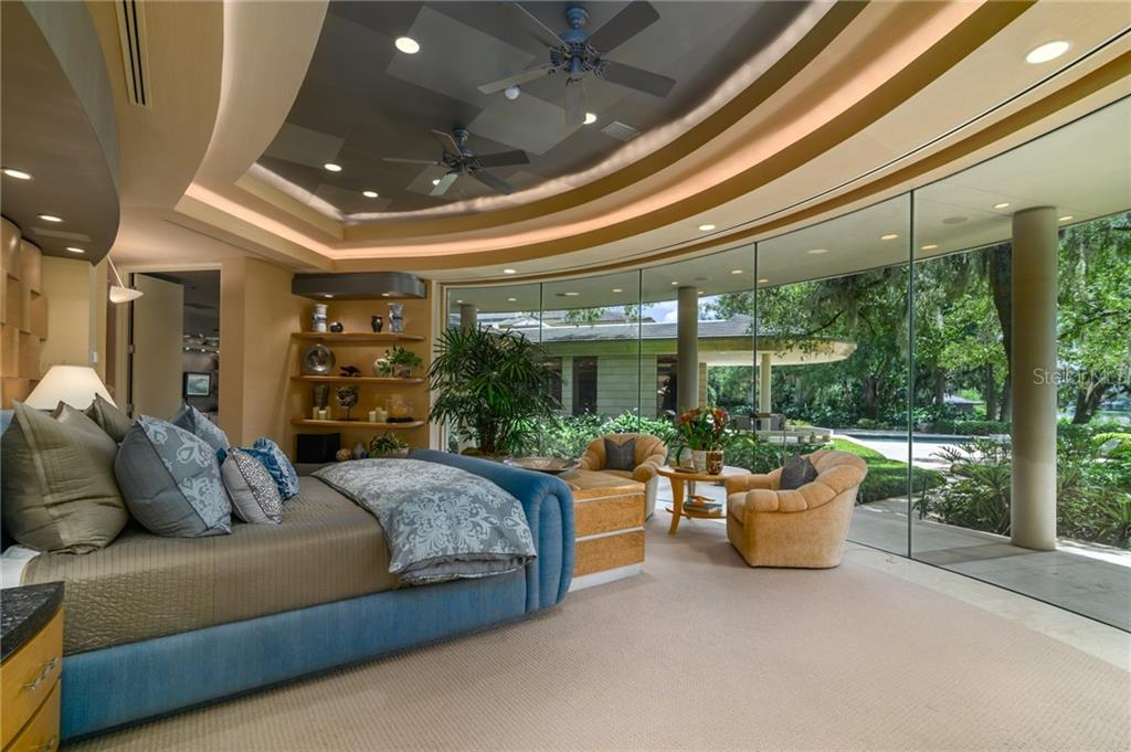 10000 Lindelaan Drive Property Photo 14