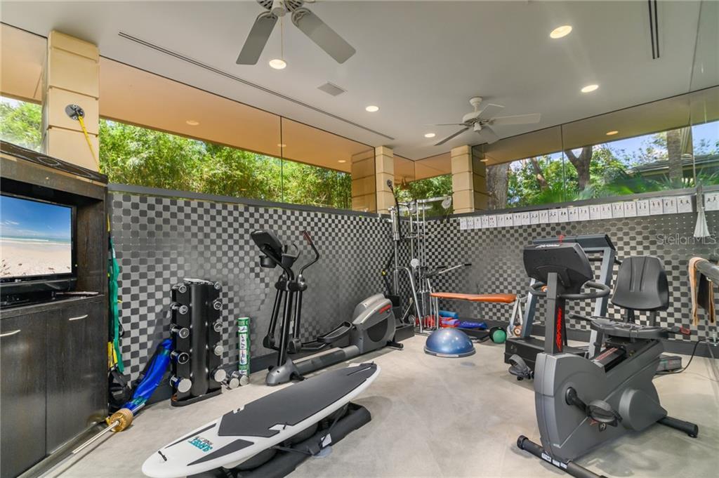 10000 Lindelaan Drive Property Photo 20