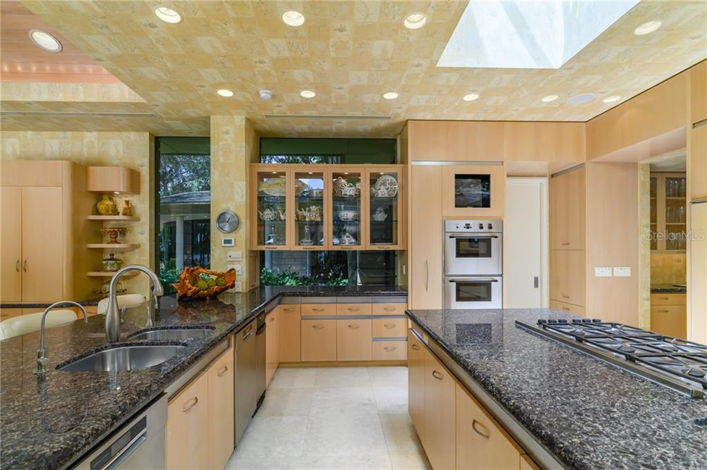 10000 Lindelaan Drive Property Photo 29