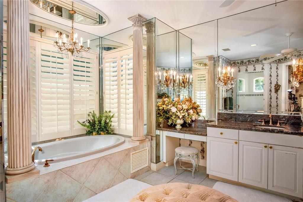 2450 Bryan Lane Property Photo 18