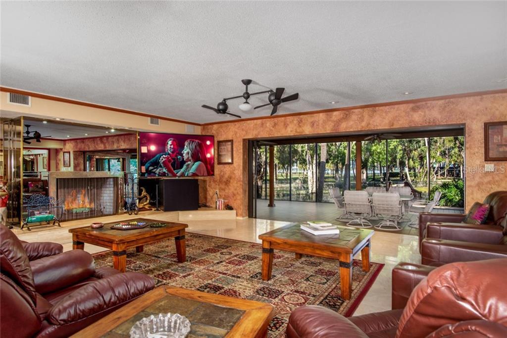 2450 Bryan Lane Property Photo 24