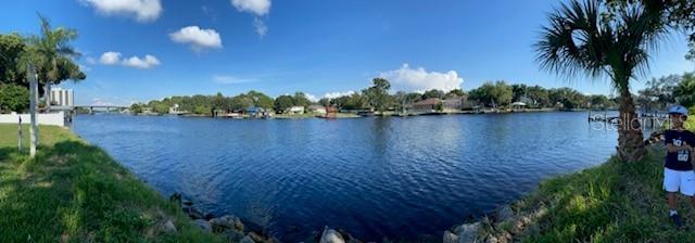 4305 N River View Avenue Property Photo