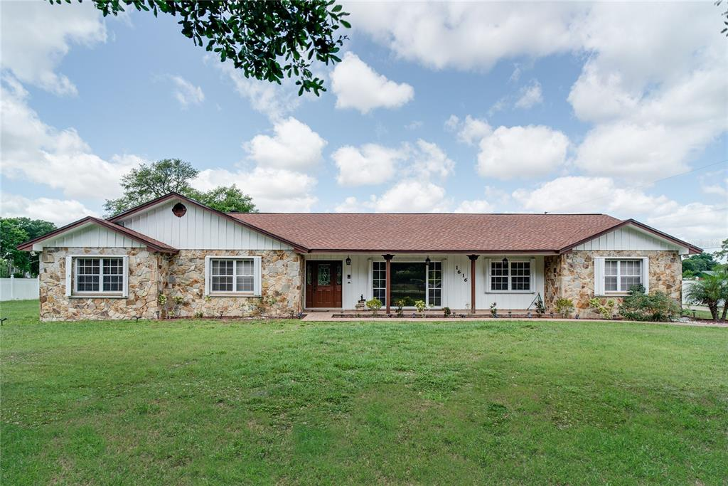 1616 S Chickasaw Trail Property Photo 1