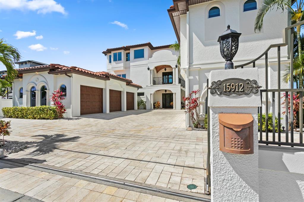 15912 Gulf Boulevard Property Photo 2