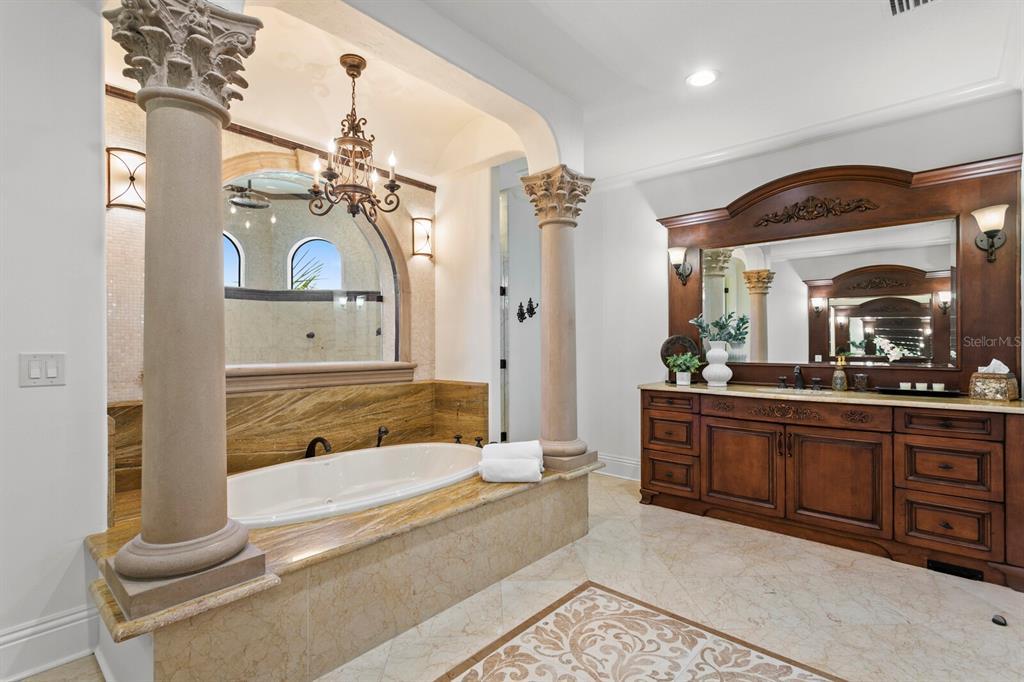 15912 Gulf Boulevard Property Photo 27