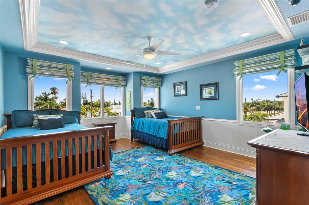 15912 Gulf Boulevard Property Photo 31