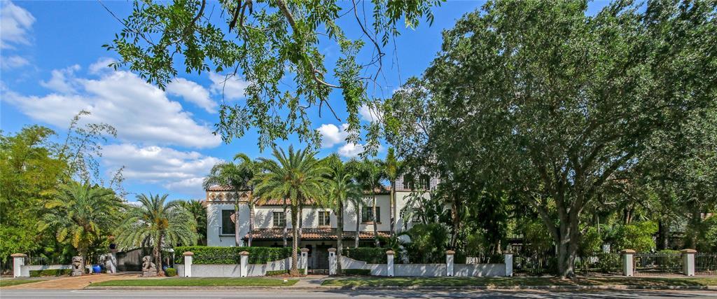 131 W Davis Boulevard Property Photo 1
