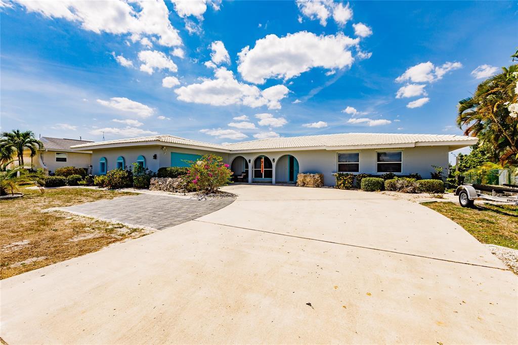 286 Fields Terrace Property Photo 1