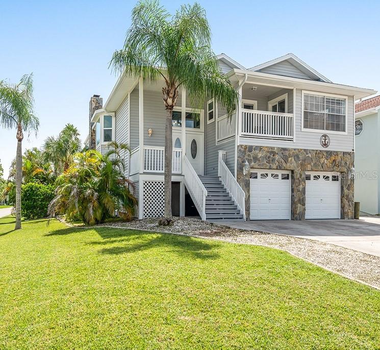 6101 Bayside Drive Property Photo 1