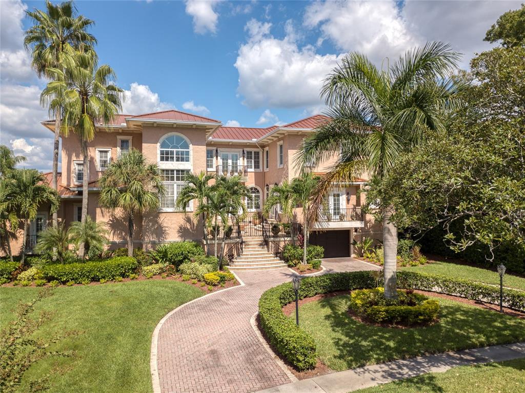 36 Bahama Circle Property Photo 1