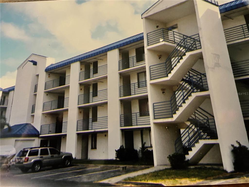 33607- Tampa Real Estate Listings Main Image