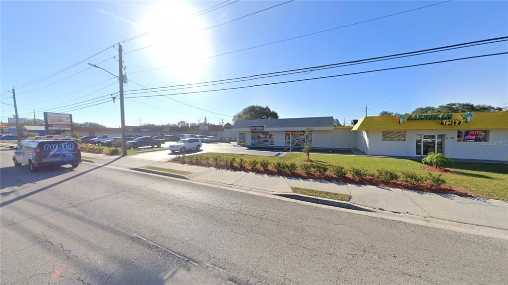 3320 W Columbus Drive Property Photo
