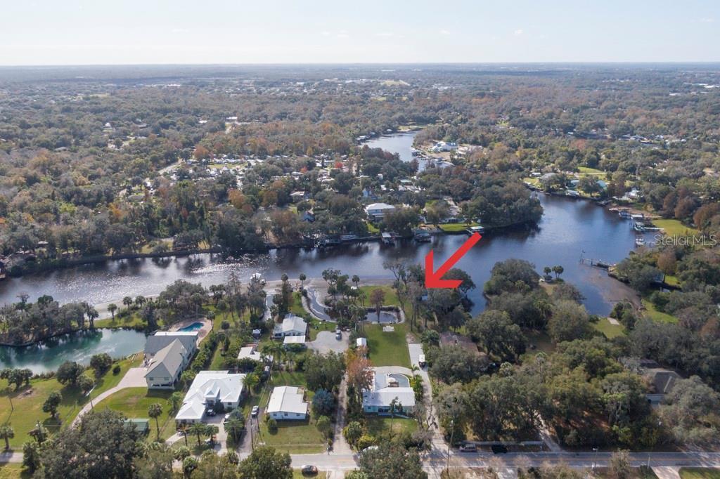 11213 Riverview Drive Property Photo 1