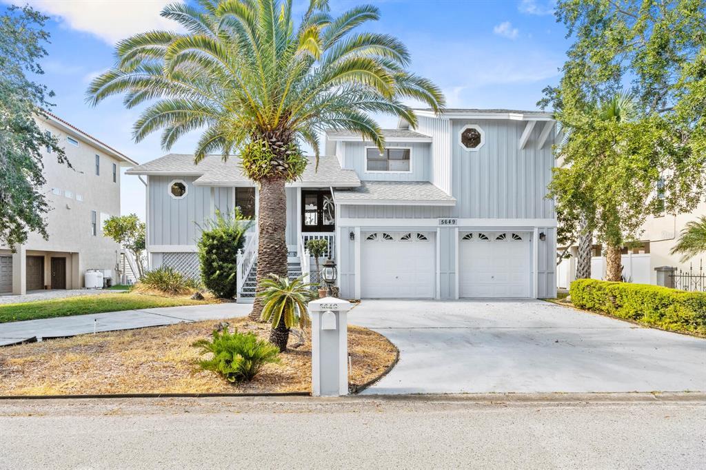 5649 Westshore Drive Property Photo 1