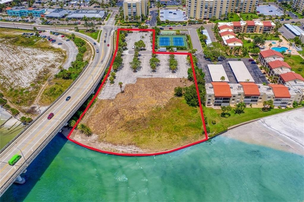 551 Gulf Boulevard Property Photo 2