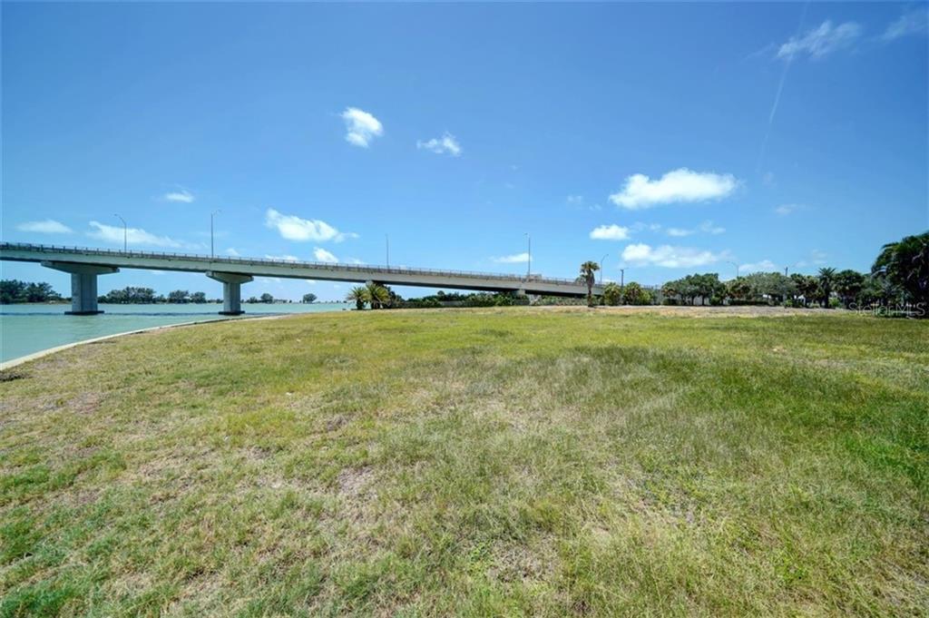 551 Gulf Boulevard Property Photo 12