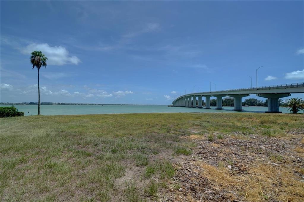551 Gulf Boulevard Property Photo 13