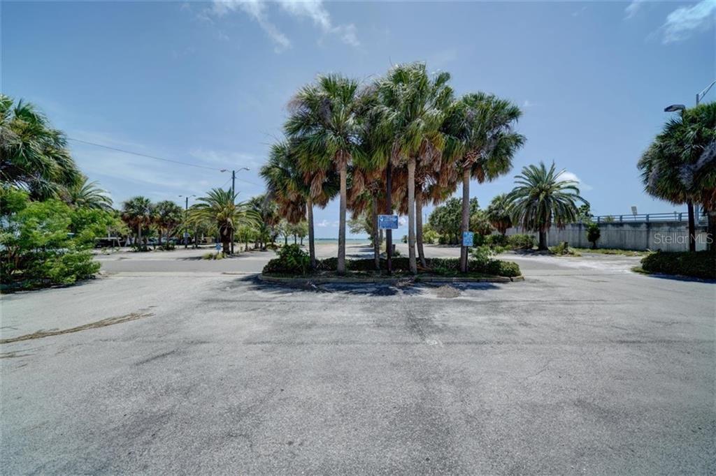 551 Gulf Boulevard Property Photo 17