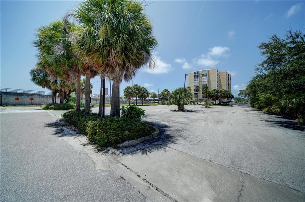 551 Gulf Boulevard Property Photo 18