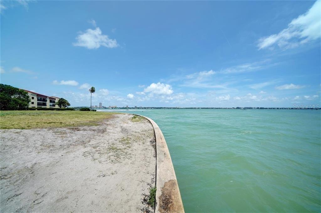 551 Gulf Boulevard Property Photo 22